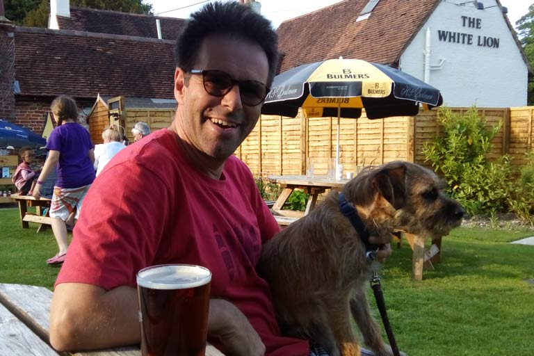 Ian and Hamish enjoy a well-deserved beer