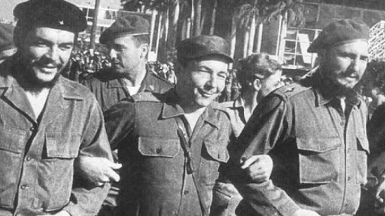 victorious-revolutionaries-che-guevara-raul-fidel-castro